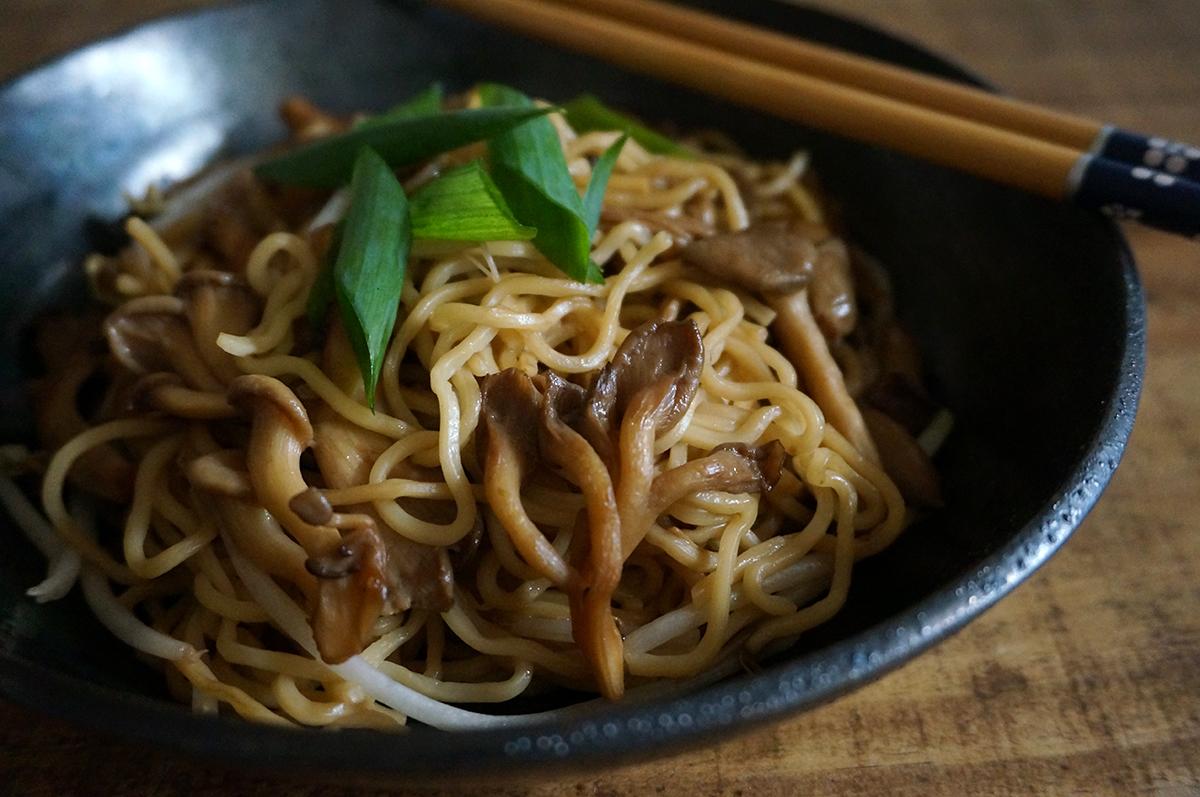 noodles-cogumelo-moyashi-1