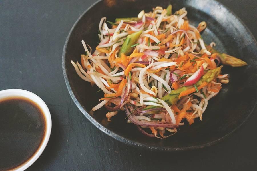 salada-aspargo-broto-gergelim-2